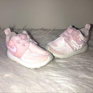 Like New Pink Velvet Baby Girl Nike Sneakers 4c